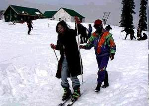 Skiing in Gulmarg